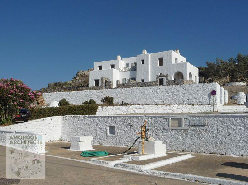 Design, planning and construction of a group of 3 houses (218m2) in the area of Pigadia in Chora