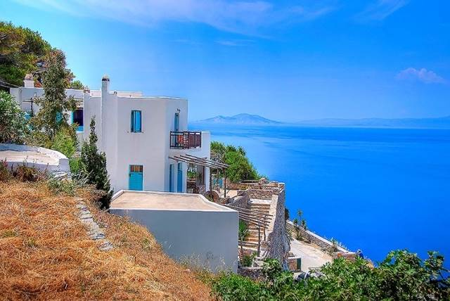 (For Sale) Commercial Hotel || Cyclades/Amorgos - 178 Sq.m, 500.000€